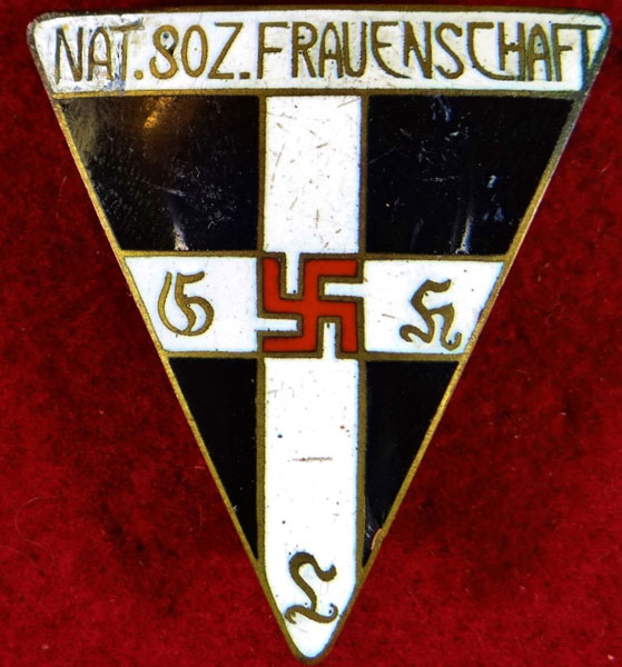 Type II Nat. Soz. Frauenschaft Members Badge