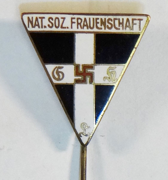 Type II Kries Level 1933/38 Frauenschaft Leader Badge