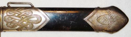 Views of 2nd Model Luftwaffe Dagger by