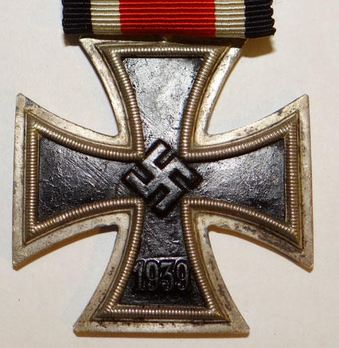 Number 3 Marked Vaulted War Merit Cross 1st Class with Swords