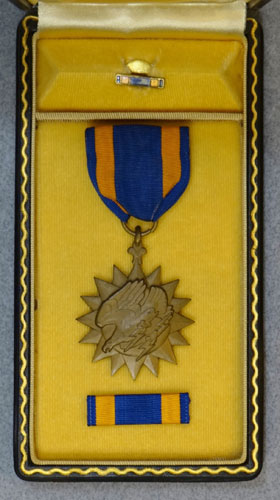 "WW II Cased ""Air Medal"""