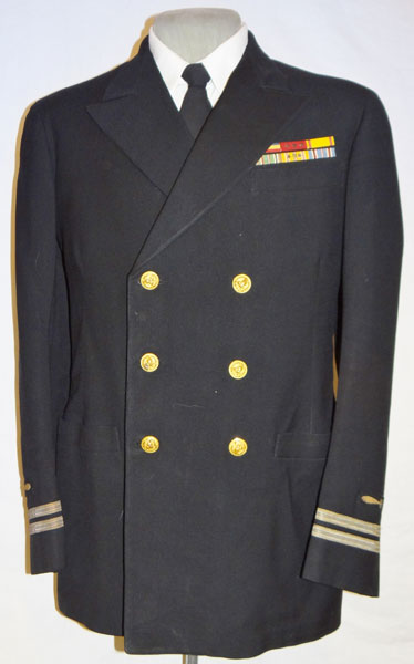WW II U.S. Marine Corps Captain of 4th Marine Air Wing Ike Jacket
